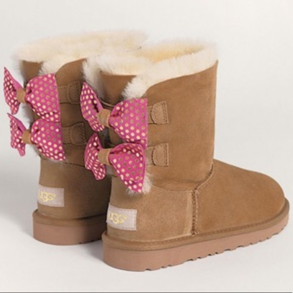 9b374f6550e New! Kids Meilani Ugg Boots in size 4 (big kids) NWT